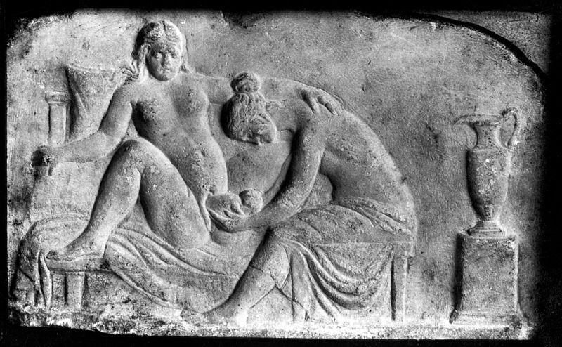 Ancient_Roman_relief_carving_of_a_midwife_Wellcome_M0003964EB